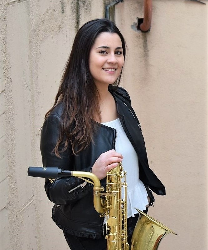 Celia Torres, profesora de saxofón en Bye Bye Beethoven