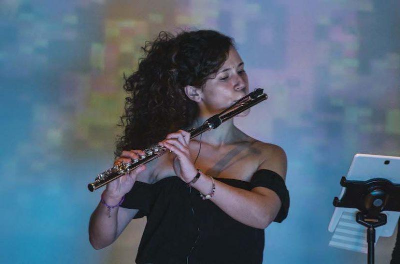 Fatima Jimenez, profesora de flauta en Bye Bye Beethoven